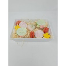 Mothers Day Cupcake and biscuit personalised Tray