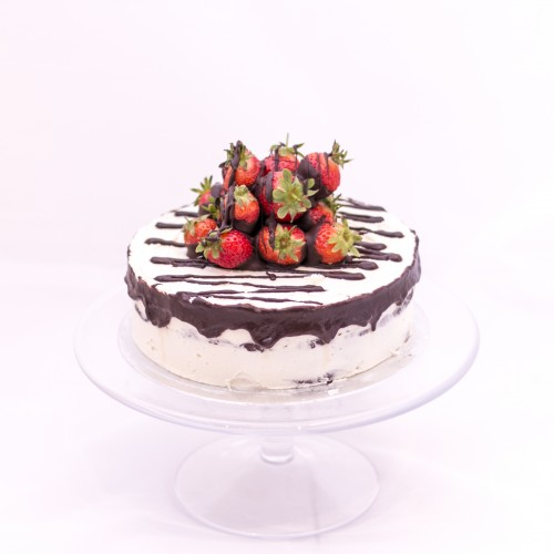 Fruit Topped Chocolate Fudge Cake With White Buttercream