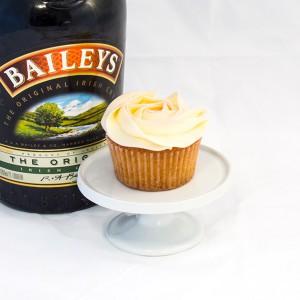 6 x Baileys Cupcakes with Baileys Buttercream