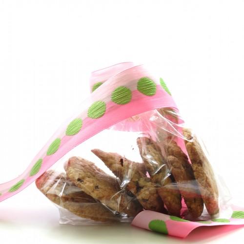 18 x Chocolate Chip Cookies